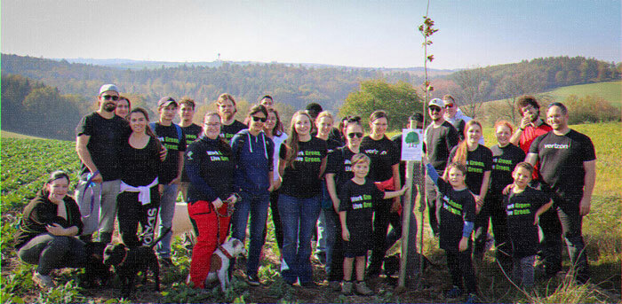 Verizon plants 10 million trees